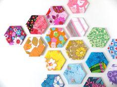 exagonos de papel en la pared on 1001 Consejos  http://www.1001consejos.com/social-gallery/exagonos-de-papel-en-la-pared