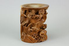 Chinese old Huanghuali wood carved brushpot; of cylindrical form; featuring crane and pine trees in high relief; H: 16 cm, D: 17 cm, 1617 grams