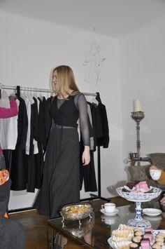 Sonntagsmatinee im Salon in der Zieglergasse 2.März 2014 Harem Pants, Fashion, Living Room, Moda, Harem Trousers, Fashion Styles, Harlem Pants, Fashion Illustrations