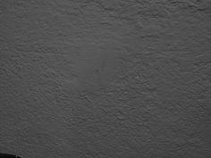 Qué es el exposímetro y cómo utilizar los modos de medición: pared blanca subexpuesta Hardwood Floors, Flooring, Texture, Crafts, Creative Photography, Creativity, Fotografia, Lilac, Art