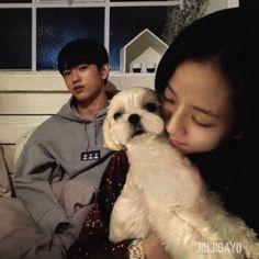 Jinyoung x Jisoo Kpop Couples, Ji Soo, Blackpink Fashion, Birthday Month, Blackpink Jisoo, Jinyoung, Suho, Got7, Drama