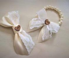Reveri i narukvice - Merry weddings Corsage Wedding, Wedding Gowns, Home Wedding Decorations, Wedding Candy, Wrist Corsage, Girls Bows, Grafik Design, Web Design, Handmade Flowers