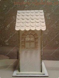 Как задекорировать заготовку Чайный домик с помощью соленого теста и шпатлевки Diy Clay, Clay Crafts, Paris Art, Miniatures, How To Make, Craftsman Homes, Diy, Little Cottages, Wood