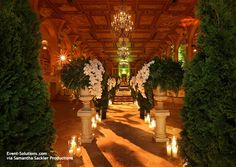 In the after-party of the decade, Samantha Sackler Productions brought to life the outrageous and lively atmosphere of a Jay Gatsby party, allowing guests of the exclusive movie premiere to revel in the opulence and decadence of the 1920s.  The Gra