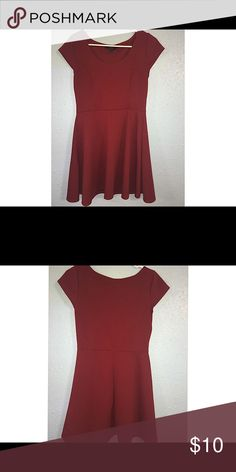 Burgundy Red skater dress short sleeve Cute dress. Vibe Dresses Midi