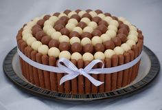small round birthday cakes | Vanilla Frost: Malteser Cake - Evie's Birthday Part 1