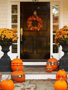 22 Fall Front Porch Ideas {veranda} - Home Stories A to Z