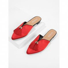 SHEIN offers Tassel Detail Flat Mules & more to fit your fashionable needs. Bags Online Shopping, Discount Shopping, Sneakers Fashion, Fashion Shoes, Men Fashion, Mule Plate, Shoe Boots, Shoes Sandals, Wedges