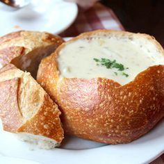 SF's Classic clam chowder in sour dough bread mmmmmm!