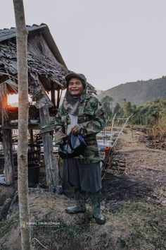 For unforgettable moments, Prague Fresh Coffee Beans, Bamboo House, Meet Locals, Stained Teeth, Visit Thailand, Northern Thailand, Photo Story, Sea Level, Bradley Mountain