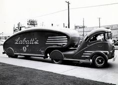 the Truck was red and . - Labatt Brewing Comp 1939 Tractor Trailer Delivery Truck…the Truck was red and the lettering gold. Cool Trucks, Big Trucks, Chevy Trucks, Cool Cars, Pickup Trucks, Weird Cars, Vintage Trailers, Vintage Trucks, Classic Trucks