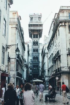 ELEVADOR STA JUSTA - 12 Things to do in Lisbon in Europe, Lisbon, Portugal | Travel | Hand Luggage Only