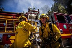 FEATURED POST  @austindave_ -  Firefighters raced to Placerita Canyon fighting intense 100-degree heat to protect homes and knock down flames. #BearFire @lacountyfd @lacofireairops @u.s.forestservice . . TAG A FRIEND! http://ift.tt/2aftxS9 . Facebook- chiefmiller1 Periscope -chief_miller Tumbr- chief-miller Twitter - chief_miller YouTube- chief miller  Use #chiefmiller in your post! .  #firetruck #firedepartment #fireman #firefighters #ems #kcco  #flashover #firefighting #paramedic…