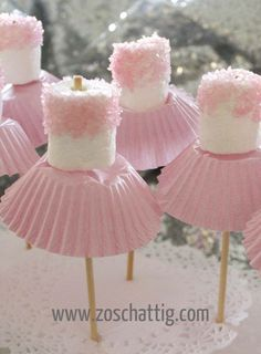 for Amzi's birthday? Marshmallow ballerinas Oh goodness - now, we've all seen cake pops, and we all know about what fun they can be for a party. so how about this for a theme, the ballerina party, complete with little marshmallow ballerinas! Babyshower Party, Baby Girl Babyshower Ideas, Baby Ahower Ideas, Baby Reveal Ideas, Marshmallow Pops, Pink Marshmallows, Marshmellow Ideas, Marshmallow Skewers, Chocolate Covered Marshmallows