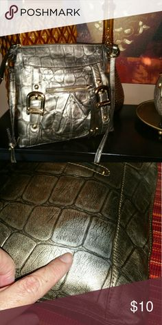B Makowsky Crossbody Very cute bag but does have a flaw I didn't notice when I purchased from someone...can't see it when you are wearing it price reflects flaw...see second picture B Makowsky  Bags Crossbody Bags