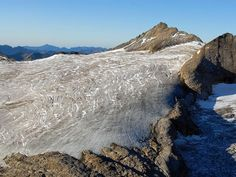 Il monte Basòdino e il suo ghiacciaio