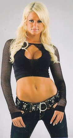 Maryse Ouellet Beautiful Body Shows His Butt And Tits