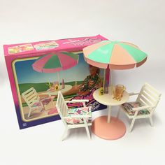 Doll Furniture, Dollhouse Furniture, Barbie Playsets, Sindy Doll, Barbie House, Miniture Things, Vintage Dolls, Kitsch, Doll Clothes