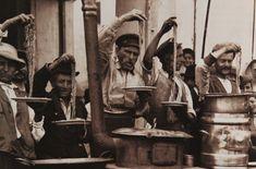 Italian Vintage Photographs ~ Street Food - Spaghetti