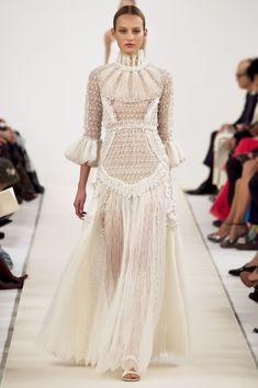 Valentino Collection | Spring 2015 Couture | Photo: Dan Lecca