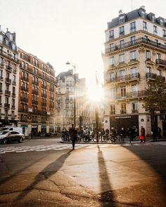 15.5 тыс. отметок «Нравится», 109 комментариев — VuTheara Kham (@vutheara) в Instagram: «Light in Saint-Germain des Prés, Paris»