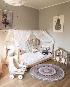 Montessori Floor bed-Toddler bed/ Big kid room ideas ...