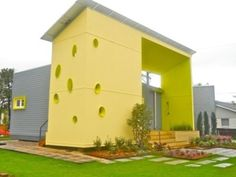 New Orleans-disaster proof home built