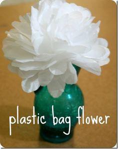 Flor feita de Sacolas Plásticas