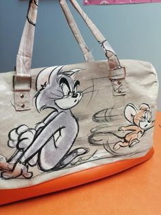 Sac weekend Boston imprimé Tom & Jerry cousu par Cécile - Patron Sacôtin