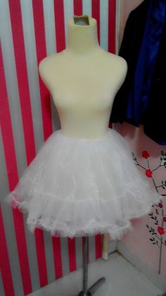 2 layers of tulle petticoat