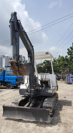 Japan Surplus Mitsubishi ME30 Mini Excavator Mini Excavator, Gym, Japan, Work Out, Gym Room, Gymnastics Room