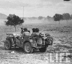 Sened, Tunisia. February 1943. Photographer: Eliot Elisofo