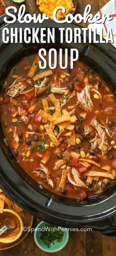 slow cooker tortilla soup is an easy tex mex slow cooker dinner that everyone loves! It& seriously good!This slow cooker tortilla soup is an easy tex mex slow cooker dinner that everyone loves! It& seriously good! Crock Pot Recipes, Crockpot Dishes, Crock Pot Soup, Easy Soup Recipes, Recipes Dinner, Easy Crockpot Soup, Healthy Crockpot Soup Recipes, Crackpot Soup Recipes, Crock Pot Chili