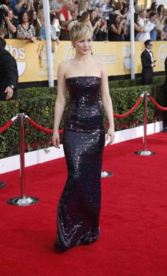 """American Hustle"" and 'The Hunger Games"" actress Jennifer Lawrence.  Dior #Sagawards"