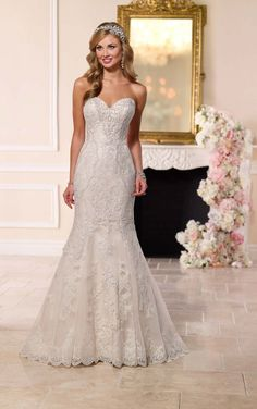 Fit-and-Flare Strapless Wedding Dress I Stella York Wedding Gowns Fit And Flare Wedding Dress, Country Wedding Dresses, Black Wedding Dresses, Wedding Dress Sizes, Lace Dresses, Dress Lace, Strapless Dress, White Dress, Bridal Gowns