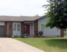 Nice first home/starter, investment, retirement, or family. Nice large fenced back yard. Storage building in Marshfield MO