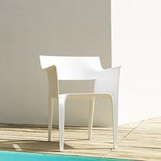 Exterior - Socbou, muebles de diseño e interiorismo.