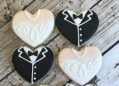 Tuxedo and Gown weddng Cookie favors Biscuit Wedding Favours, Wedding Shower Cookies, Wedding Cake Cookies, Bridal Shower Favors, Decorated Wedding Cookies, Bridal Showers, Wedding Cakes, Bridal Shower Desserts, Cookie Favors