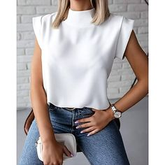 Mode Outfits, Casual Outfits, Fashion Outfits, Fashion Blouses, Casual Clothes, Casual Shirts, Trend Fashion, Look Fashion, Fashion Terms