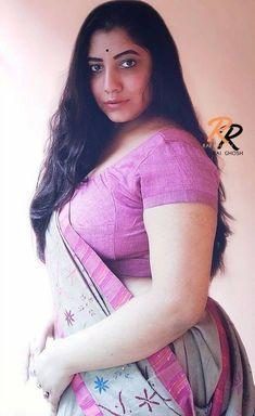 Beautiful Iranian Women, Beautiful Women Over 40, Beautiful Women Pictures, Beautiful Girl Image, Most Beautiful Indian Actress, Beauty Full Girl, Beauty Women, Indian Actress Hot Pics, Indian Beauty Saree