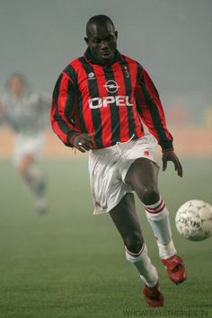 George Weah, Liberia,Best days in AC milan, Ballon D'or 1995. One of the best african players of all time.