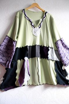 Wearable Art Green Plus Size Top 5X by BrokenGhostClothing on Etsy