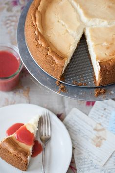 Classic New York Cheesecake with Strawberry Sauce via Love & Olive Oil #recipe