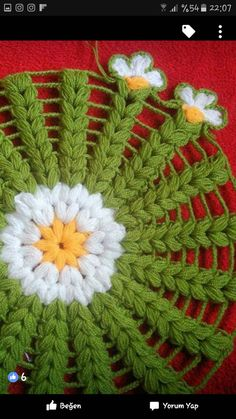 This Pin was discovered by ÖzlVery beautiful flower. I am luThis post was discovered by Özlem Okluçam.) your own Posts on Unirazi.A collection of Crochet Doily Crochet Mandala Pattern, Granny Square Crochet Pattern, Crochet Stitches Patterns, Crochet Designs, Crochet Squares, Knitting Patterns, Lidia Crochet Tricot, Puff Stitch Crochet, Quick Crochet