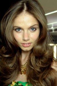 Hot roller hair styles on Pinterest Hot Rollers, Hot Roller Curls ...