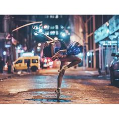 Brandon Woelfel Ballet photography focus on lights in the background