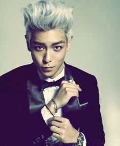 "T.O.P describes his ideal girl (and says he would ""eat"" her farts?)"