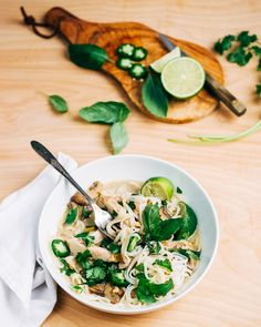 green chicken curry  // brooklyn supper in partnership with @progresso #ProgressoEats #PaidAd
