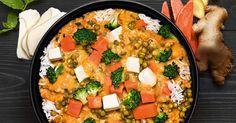 Bjud vännerna på en smarrig, vegetarisk gryta med halloumi, linser och sötpotatis! Eller orkar du absolut inte laga själv? Köp någon av Felix färdiga vegetariska grytor - enkelt och så himla gott!