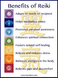 The Healing Powers of Reiki - Reiki: Amazing Secret Discovered by Middle-Aged Construction Worker Releases Healing Energy Through The Palm of His Hands. Cures Diseases and Ailments Just By Touching Them. And Even Heals People Over Vast Distances. Jikiden Reiki, Chakras Reiki, Usui Reiki, Reiki Room, Reiki Chakra, Chakra Healing, Reiki Healer, Healing Meditation, Crystal Healing